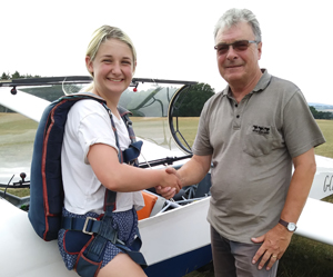 pupil on a gliding day course